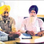 HSGPC president Jagdish Singh Jhinda and others addressing the media [July 31, 2014]
