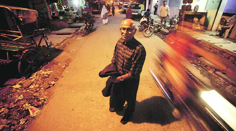 Joseph Maliakan in Trilokpuri, 30 years after what was his most heartrending assignment. - See more at: http://indianexpress.com/article/india/india-others/bodies-of-hundreds-of-sikhs-were-scattered-some-showed-signs-of-life/2/#sthash.kZRO3pUi.dpuf