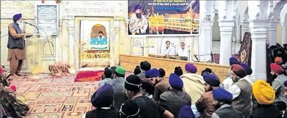 S. Sham Singh addressing the Sikh sangat during the Samagam