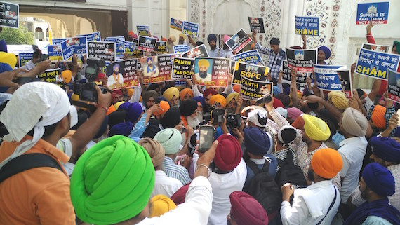Sikh activists protest against controversial move by Jathedars