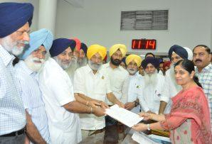 Balwinder Singh Bhundar files nomination papers for Rajya Sabha