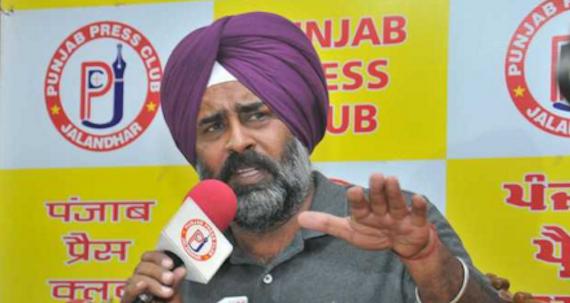 Pargat Singh addressing media persons at press club