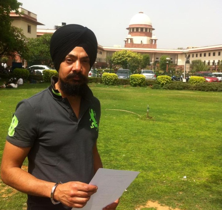 Kuljinder Singh at Supreme Court of India - Files petition against ban imposed by various Governments on Sadda Haq