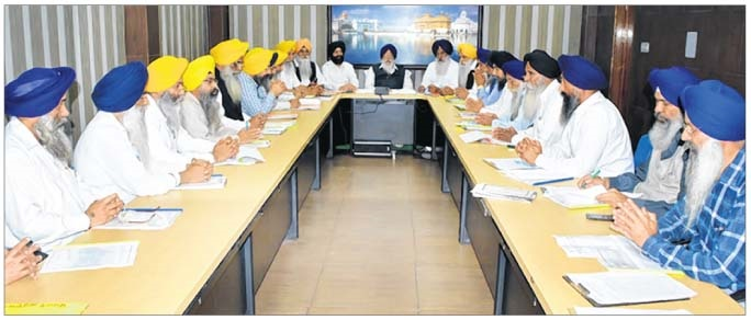 "Won't hand over keys of ""golaks"" to HSGPC, says Avtar Singh Makkar"