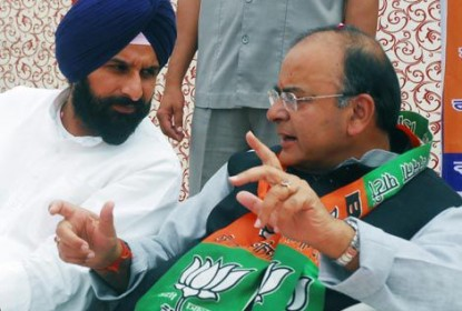 Bikram Majithia (L) - Arun Jaitley (R) [File Photo]