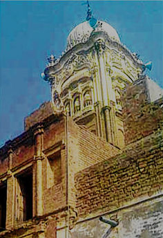 Historic Sikh Gurdwara in Pakistan feared to be illegally