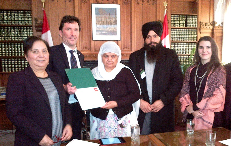 Sikh genocide survivor Bibi Jagdish Kaur with NDP officials