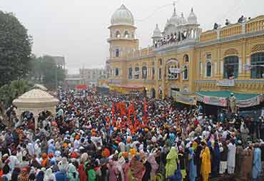 Sikh Yatris at Nankana Sahib (File Photo)