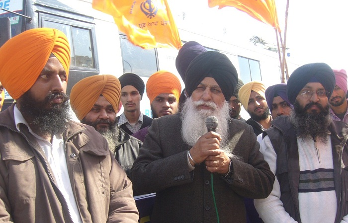 "HS Dhami, President of Dal Khalsa, addressing a rally organized by ""Sikh Youth of Punjab"" at Tanda (Hoshiarpur) on February 05, 2013"
