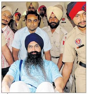 Bhai Balwant Singh Rajoana admitted to Rajindra Hospital Patiala [September 21, 2013]