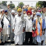 Sikh Jatha leave for Pakistan (08 June 2014)