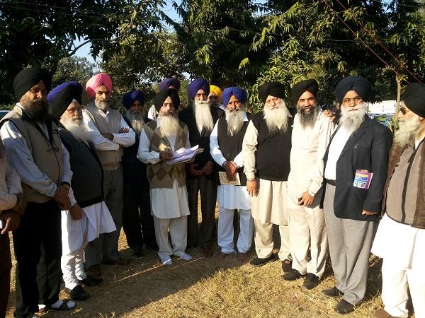 Sikh representatives at G. Amb Sahib (Ajitgarh) [November 29, 2013]