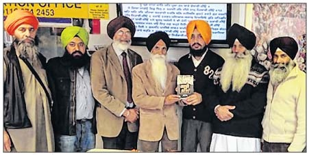 S. Ajmer Singh's book on Gadhar movement released at Leicester